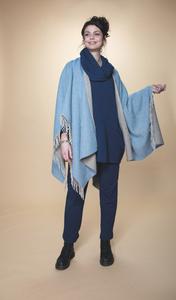 Image Blue Rimini Cashmere Wrap